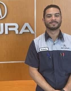 Roberto Larracuenta