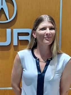 Stephanie Vosburg