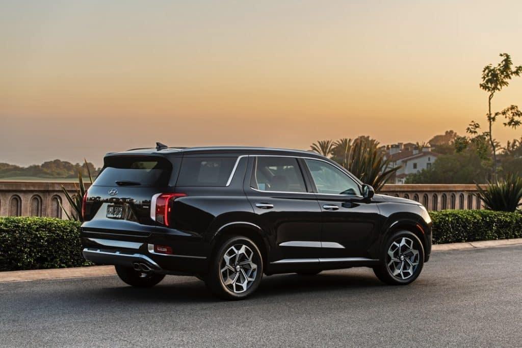 2022 Hyundai Palisade Caligraphy black rear 3/4