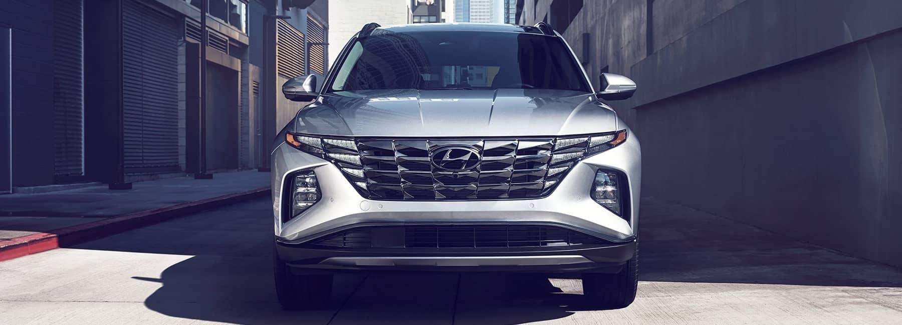 2022 Silver Hyundai Tucson front view