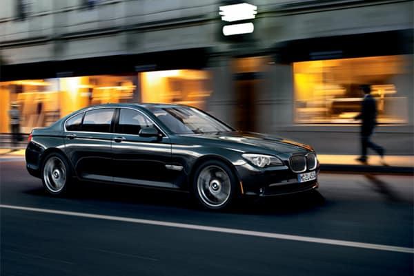 Mercedes-Benz Premium Performance.