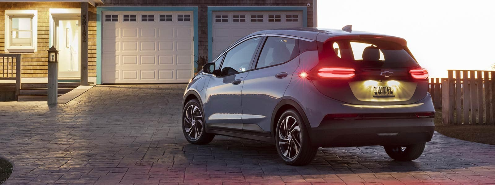 Lease or finance new 2022 Chevrolet Bolt EV in Regina SK